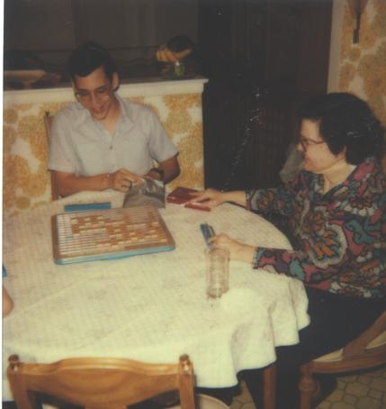 Danny and Sarane LOEB in Skokie playing Scrabble